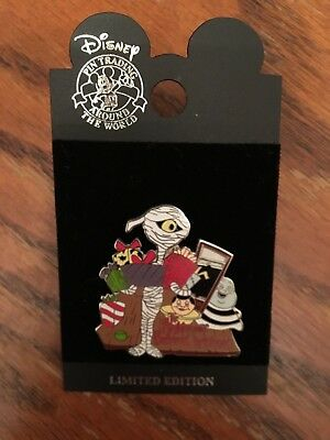 DISNEY Pin 26652 DLR - Nightmare Before Christmas - Mummy w/Gifts (Surprise)