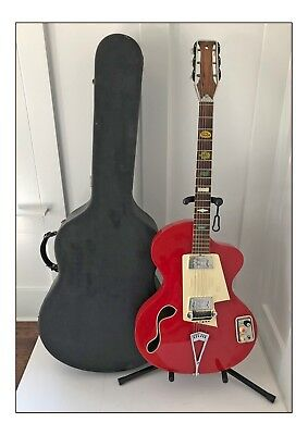 1961 Wandre Model BB Brigette Bardot Hollowbody Guitar in Red All Original AAA