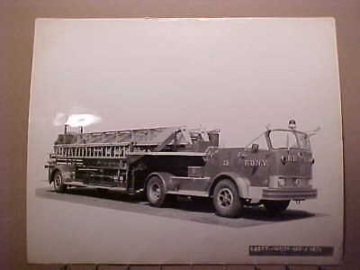 Lot Of 10 Fdny Fire Department Of New York Mack Factory Delivery Photos 8 X 10