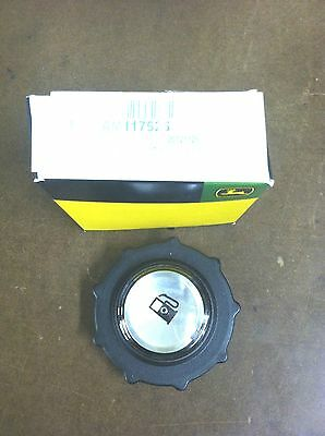 John Deere R70 R72 R92 130 160 165 170 175 180 Fuel Cap AM117525 New OEM Part