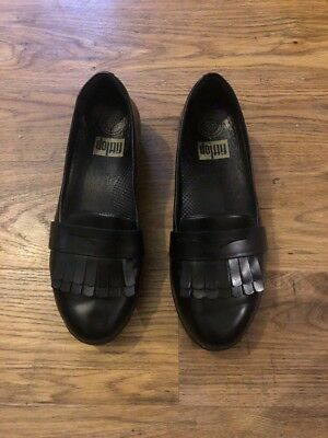 Black Loafer Shoes From Fitflop Size 5 Wobble Board
