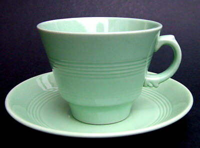 Vintage Wood Woods & Sons Classic Green Beryl Pattern Tea Cups & Saucers in VGC