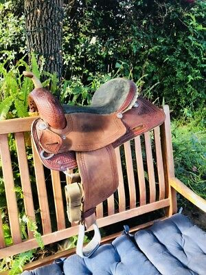 CORRIENTE BARREL SADDLE 15 Inch Seat 7 Inch Gullet
