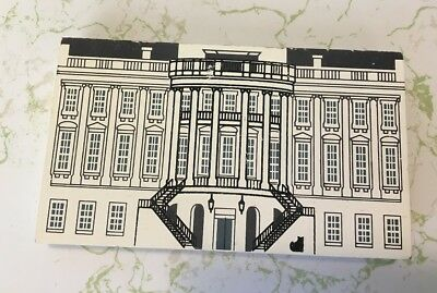 The Cat's Meow Village Washington DC Series THE WHITE HOUSE Wooden Collectible