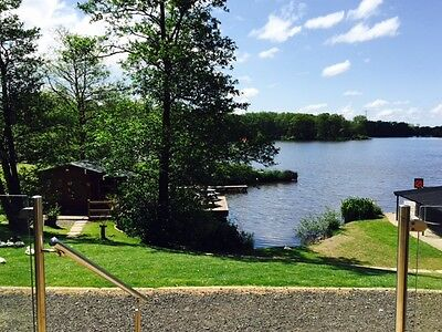 Near Blackpool Best Holiday Family Lakeside  Lodge Boat House Pets Ok Free Boat