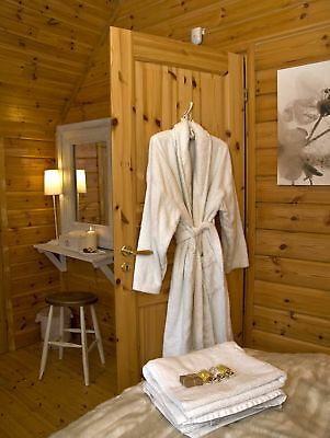 LAKESIDE LUXURY 5* LOG CABIN SELF CATERING HOLIDAY near WINDERMERE free boat