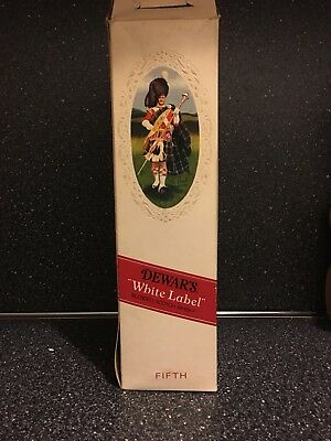 Vintage Dewar's White Label Blended Scotch Whisky Bottle In Gift Box Tax Stamped