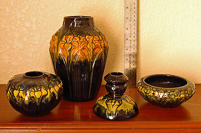 4-Piece Lot Vintage Brush-McCoy Pottery Beautiful Amaryllis Design Majolica Ware