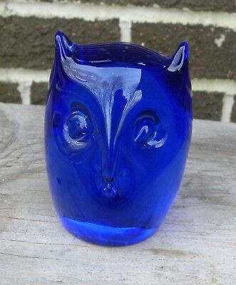 Nice Vintage Cobalt Blue Art Glass OWL Bird Paperweight Figurine