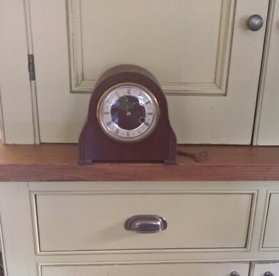 Smiths Enfield chiming wooden mantle clock with key