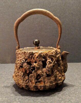 Antique Japanese Tetsubin Cast Iron Kettle - Crabs On Rocks Design
