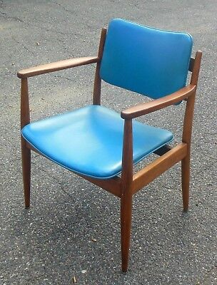 mid century modern chair styles dining chairs mid century modern chair teal leatherette jens risom style mid century modern 39500