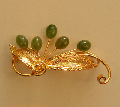 Beautiful Vintage Gold Tone Filigree Floral Brooch Pin with Aventurine Cabs S1