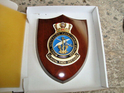 "Naval Crest ""ROYAL AUST NAVAL STAFF COLLEGE"" mounted on Wooden Shield FREE POST"