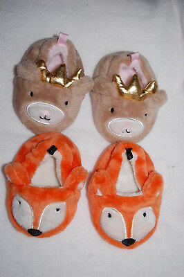 Baby Girls 2 PAIR SLIPPERS LOT Cute Animals ORANGE FOX Brown Bear Crown SIZE 2