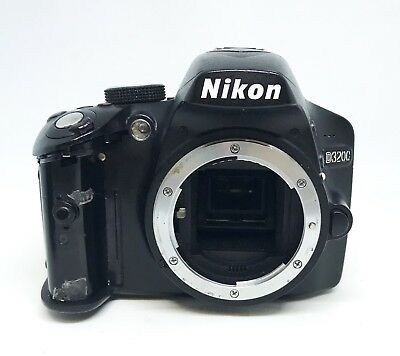 NIKON D3200 24 2MP Digital SLR DSLR Camera ( Body Only ) AS IS For Parts