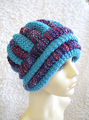 Toasty Topper Ladies Hat - Easy Chunky Knitting Pattern