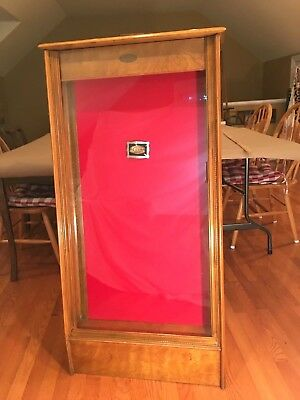 Vintage Knife Display Cabinet - w/ Case Knife Emblem & Belt Buckle - new felt