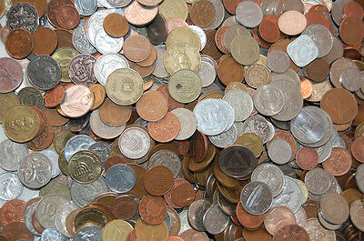 Paperchasesue's 5 Pound Bag Of Mixed World Coins / 400-500 Coins / Price Lowered