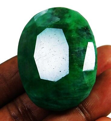 Natural 260.00 Ct Beautiful Oval Cut Colombian Emerald Loose Gemstone. 9051 m