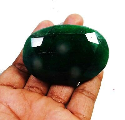 Natural 524.70 Ct Beautiful Oval Cut Colombian Emerald Loose Gemstone. 9057 m