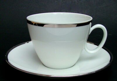 Thomas 4mm Wide Platinum Band Pattern 4011 Shape 225ml Tea Cups & Saucer in VGC