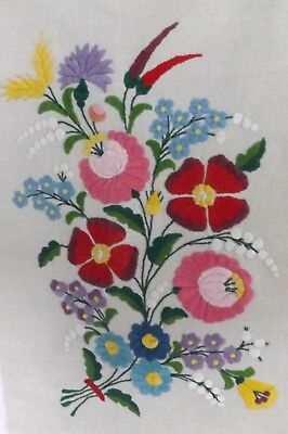 """Vintage Pillow Cover-Hungarian Hand Embroidered Kalocsa Floral Design 20"""" x 14"""""""