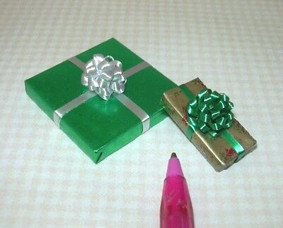 Miniature Pair (Set of 2) Christmas Present Gifts, SET #11: DOLLHOUSE 1/12