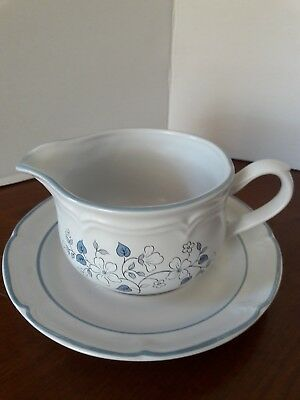 The Covington Edition AVONDALE Gravy Boat and Underplate Saucer