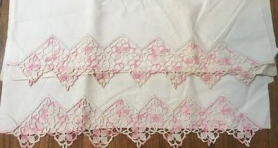 Vintage Pair Of Pillowcases BEAUTIFUL PINK & OFF-WHITE FLORAL HAND CROCHETED