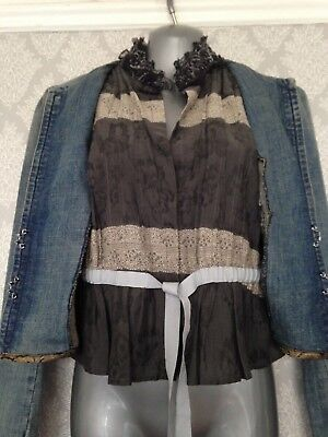 89a04cbee59c Versace Jeans Couture Lined Cropped Denim Jacket. Size 8 Italian 44