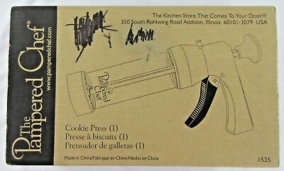 PAMPERED CHEF Cookie Press  Decorator 16 Discs Great Condition Original Box