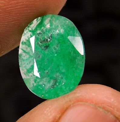 Natural 4.40 Ct Beautiful  Oval Cut Colombian Loose Emerald Gemstone. 571 ERT