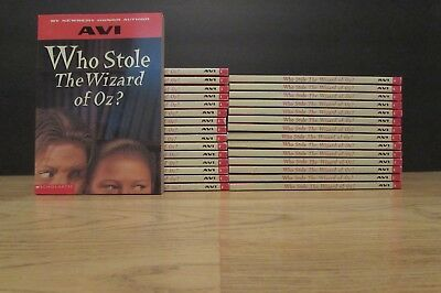 Perloo the bold avi guided reading lot of 4 teacher class set 30 who stole the wizard of oz avi guided reading class set book lot fandeluxe Choice Image