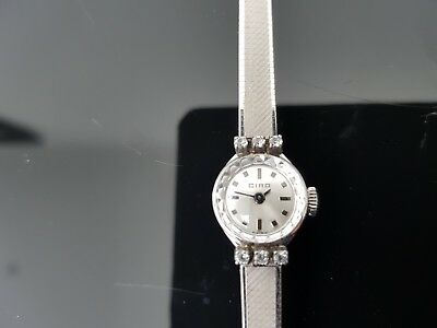 Ciro Vintage Hand Wound Mechanical Stainless Steel Ladies Bracelet Watch.