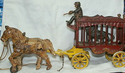 "14"" Original Circus Wagon Cast Iron  - 2 Horses Driver & Lion"