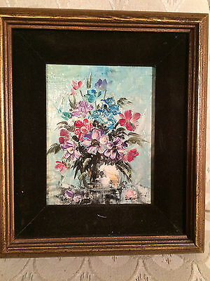 "Nice ""Floral Still Life Scene"" Oil On Board Painting - Signed And Framed"