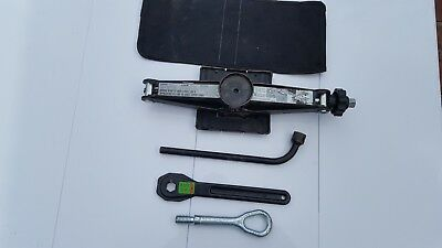Mercedes A Class Jack Set Jack Brace Ratchet And Tow Eye 2005 To 2011 Free P&p