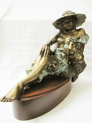 Lady In The Hat Nude Bronze Sculpture by Artist Jan Searle