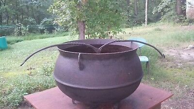 Large Antique Cast Iron,cauldron Pot. 3 Leg Kettle.marked #15.