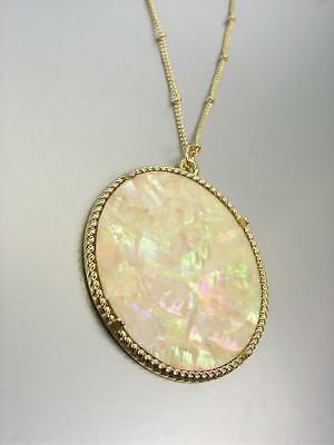"""GORGEOUS Urban Artisanal Mother of Pearl Shell Pendant Gold 30"""" Chain Necklace M"""