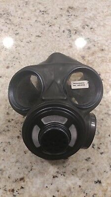 Canadian C3 gas mask