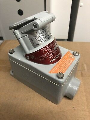 Appleton Efs-150-1523C Explosion Proof Receptacle Model B 15Amp 125Vac