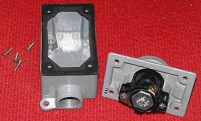 T & B - Russellstoll - #3743-U2, 15A, 250VAC Receptacle Outlet Box