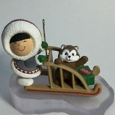 1989 Hallmark Frosty Friends 10th in Series Ornament