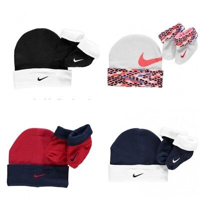 Newborn Nike Baby Booties & Beanie Hat Set 0-6 Months Boy Girl Shoes Gift Set