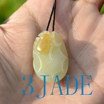 Natural Hetian White Yellow Nephrite Jade Spider Pendant Necklace w/ Certificate