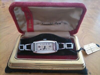"""Lorie """"canada's Own""""  New Old Stock Art Deco Mans Watch In Original Box!"""