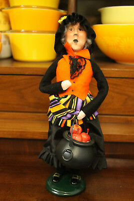 "Byers' Choice Caroler Halloween Witch With Cauldron of Apples 13"" 2012 handmade"