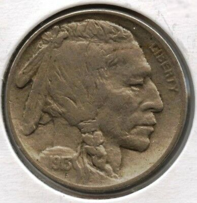 1913 Buffalo Nickel - Type 2 - Philadelphia Mint - Indian Head AT427